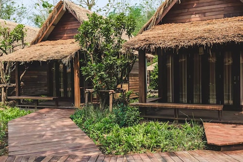 Azalea Village Wellness Resort, Chiang Dao