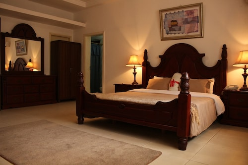 Embassy Suites Hotels & Restaurant, Greater Monrovia
