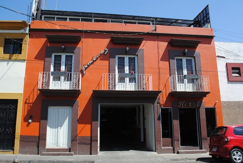 Hotel Jiménez, Del Centro