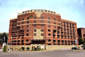 Hotel - Hospitality Inn Lahore