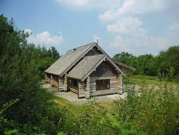 . Tamarack Lodge