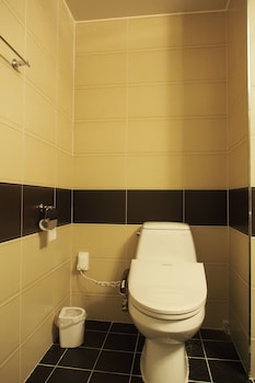 Lasania Hotel Geoje - Bathroom  - #0