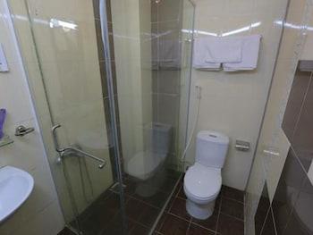 Tuan Viet Hotel - Bathroom  - #0