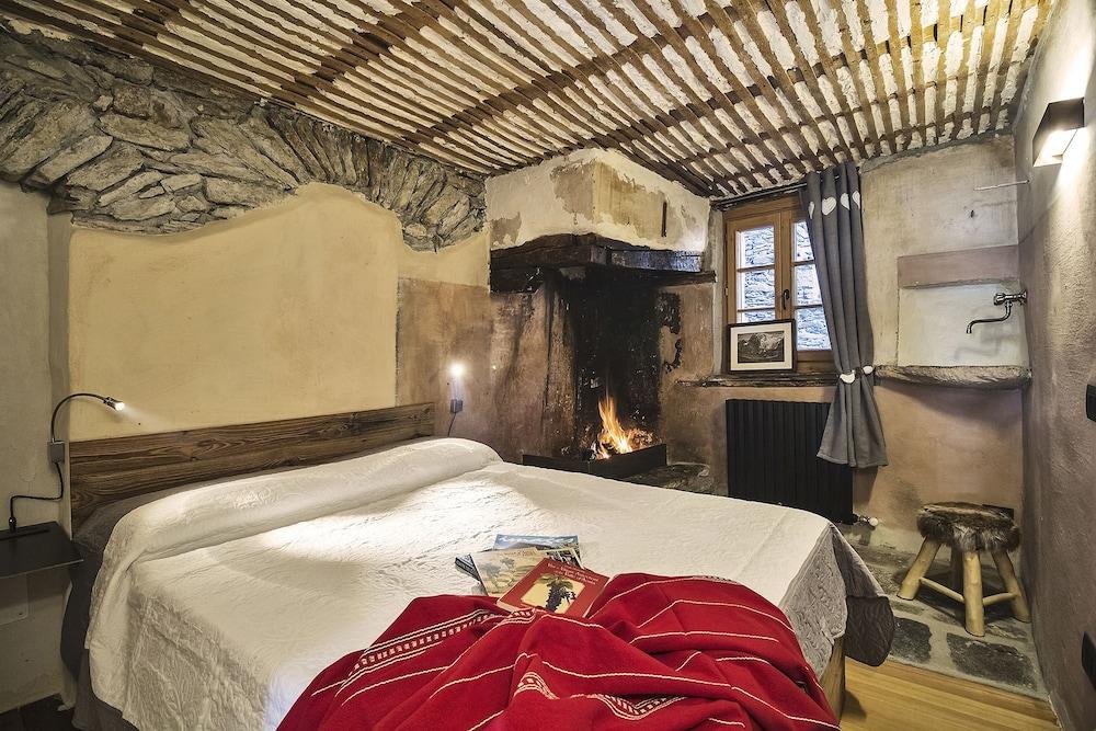 Maison La Saxe, Featured Image