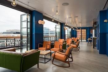 Lobby Lounge at POD DC in Washington
