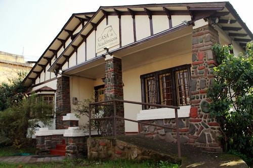 Casa de Academicos, Cordillera