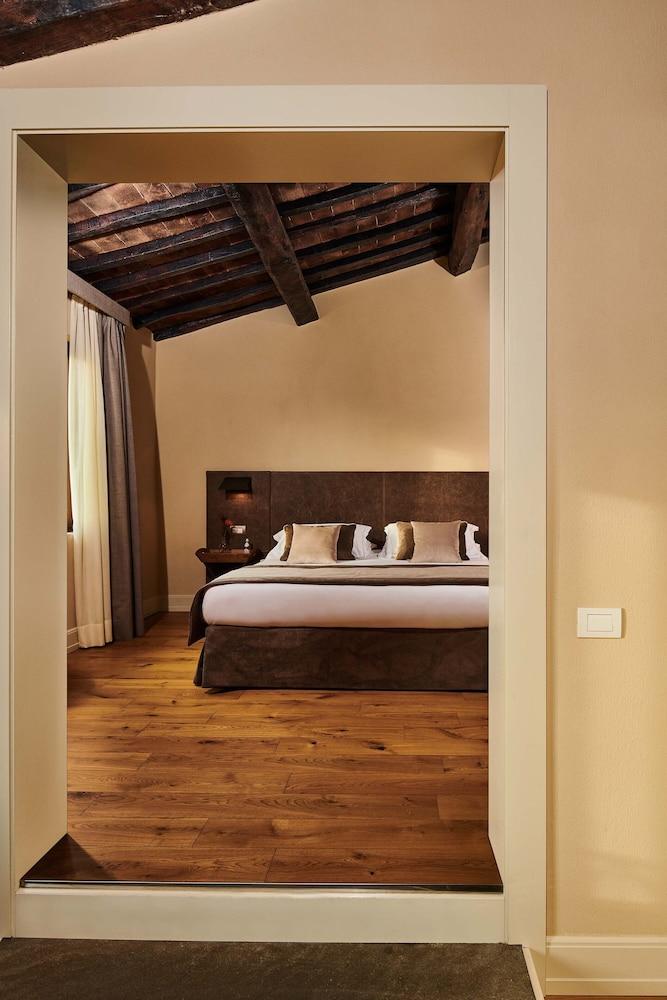 トスカーナ リゾート カステルファルフィ