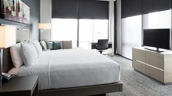 Guestroom at Hyatt House Jersey City in Jersey City