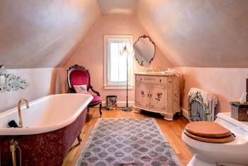 The Liberty Rose - Bathroom  - #0