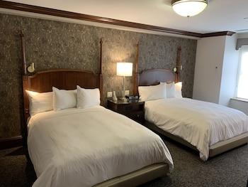 Executive Studio Suite, 2 Queen Beds