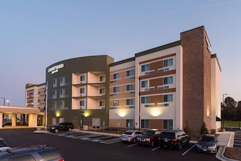Courtyard by Marriott Fayetteville Fort Bragg/Spring Lake photo