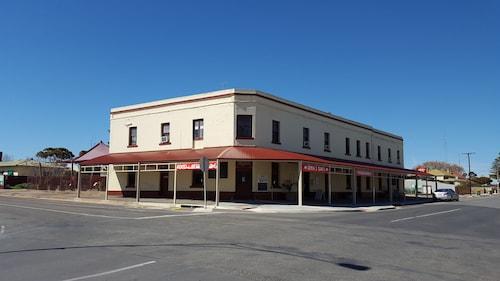 . Copper Coast Hotel
