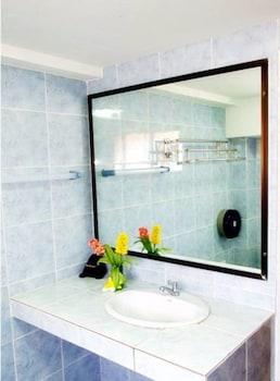 Jirawan Hotel - Bathroom Sink  - #0