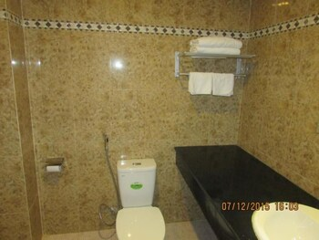 Thanh Phuc Hotel 2 - Bathroom  - #0