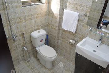 Intellectual Inn - Bahria Town - Bathroom  - #0