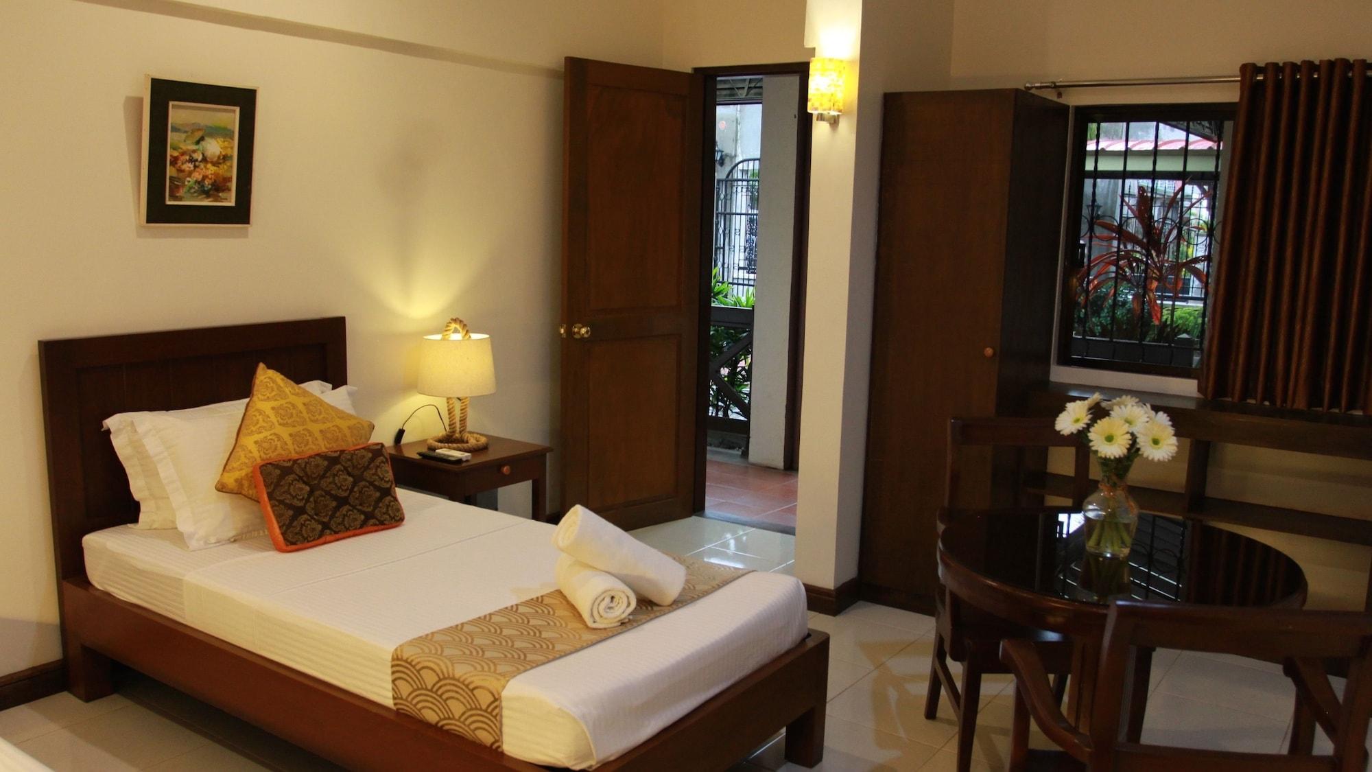 Ronamar Apartelle, Tagaytay City