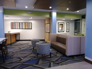 Lobby Sitting Area at Holiday Inn Express & Suites Dallas Northeast - Arboretum in Dallas