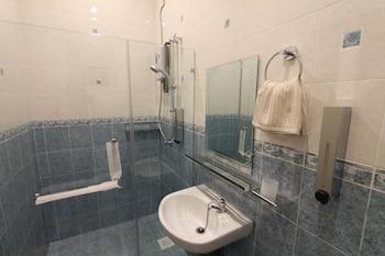 Ian's De Splendid Home - Bathroom  - #0