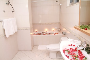 SolMile Family Guest House - Bathroom  - #0