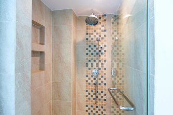 Baan LonSai Beachfront Condominium - Bathroom  - #0