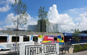 Train Lodge Amsterdam - Hotel Front  - #0