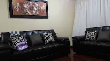 San Isidro Guest House - Lobby Sitting Area  - #0