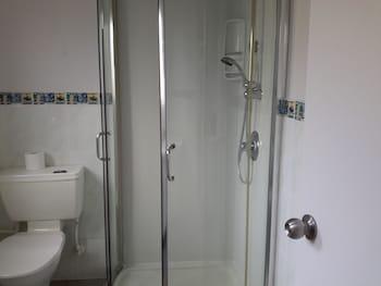 Papakura Pioneer Motor Lodge and Motel - Bathroom  - #0