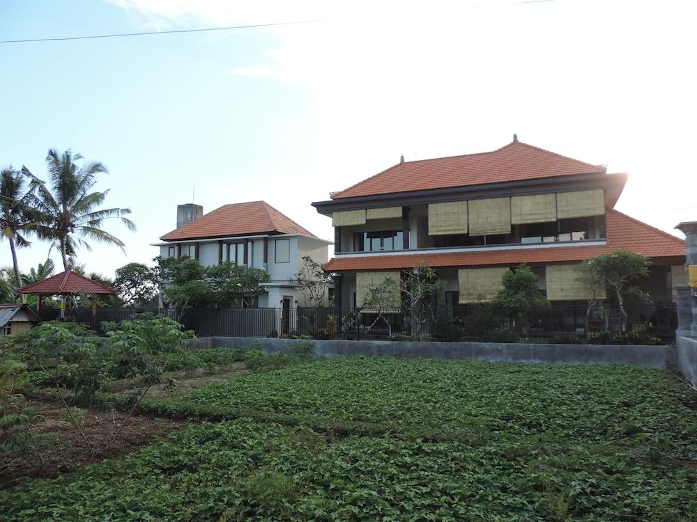 Duana Sari Ubud