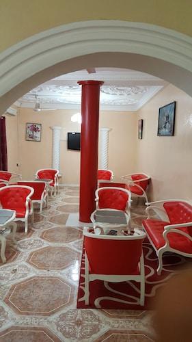 Moowal Grand Hotel, Accra
