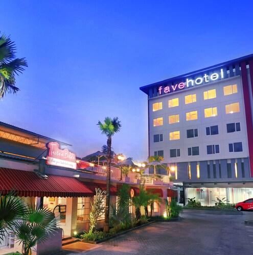 . Favehotel Sudirman Bojonegoro