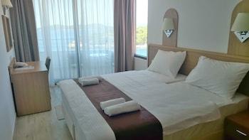 Deluxe Tek Büyük Veya İki Ayrı Yataklı Oda, Deniz Manzaralı