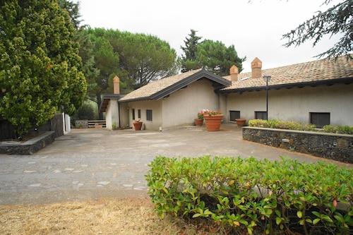 . Etna Paradise Casa Vacanze