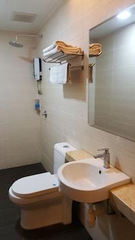 9 Square Hotel - Kota Damansara - Bathroom  - #0