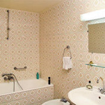 Hotel Camelia International - Bathroom  - #0