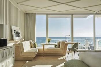 Surf Club One-Bedroom Suite