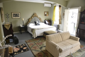 Room, 1 Queen Bed, Private Bathroom