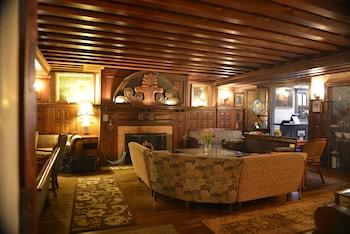 Tabard Inn photo