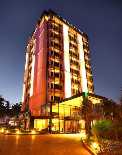 __{offers.Best_flights}__ North Point Hotel