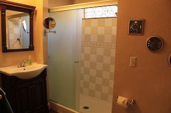 Viola Haven - Bathroom  - #0
