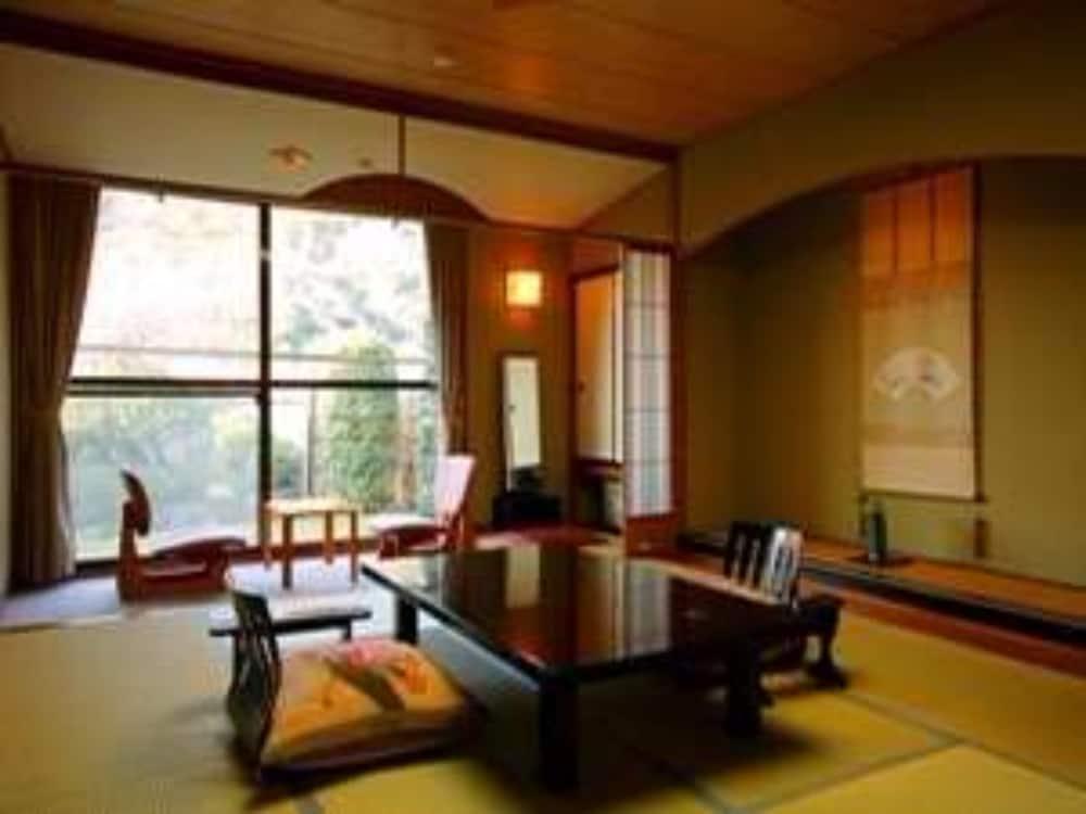 HOTEL KAWACHIYA