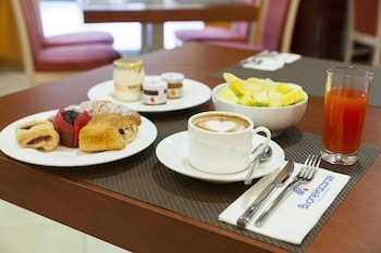 BV President Hotel - Food and Drink  - #0