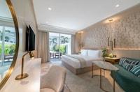 Suite, 4 Bedrooms