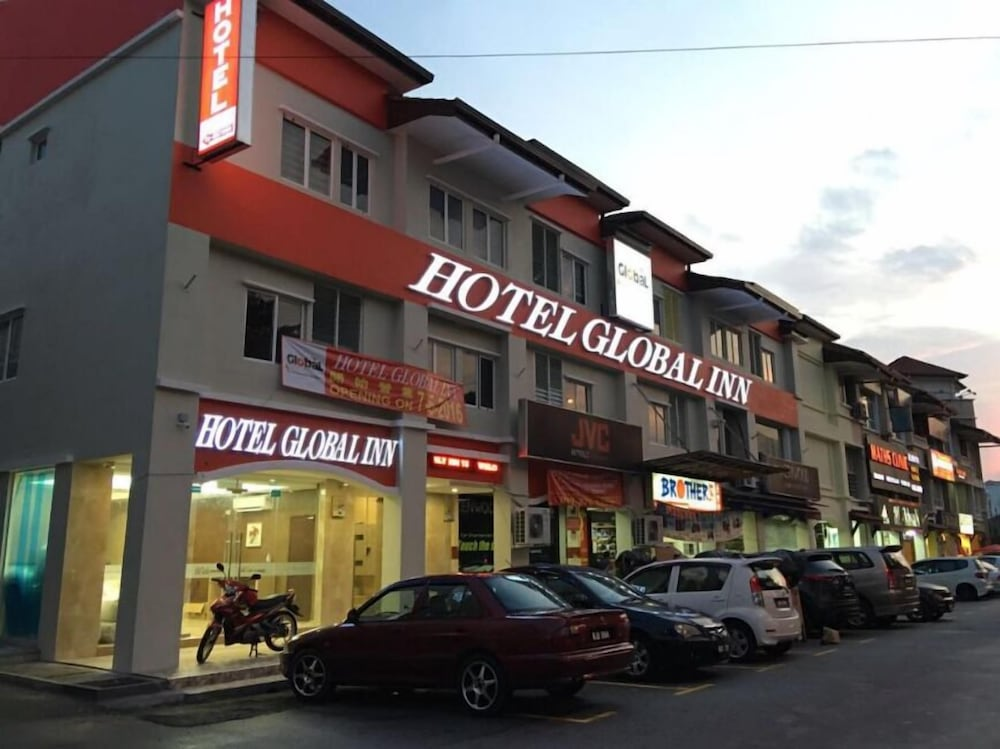 グローバル イン ホテル