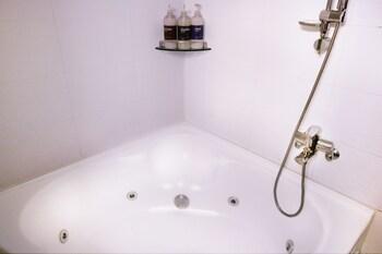 Hotel Orange - Bathroom  - #0