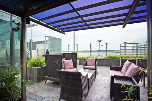 Ambassador Transit Lounge Singapore T2, Changi