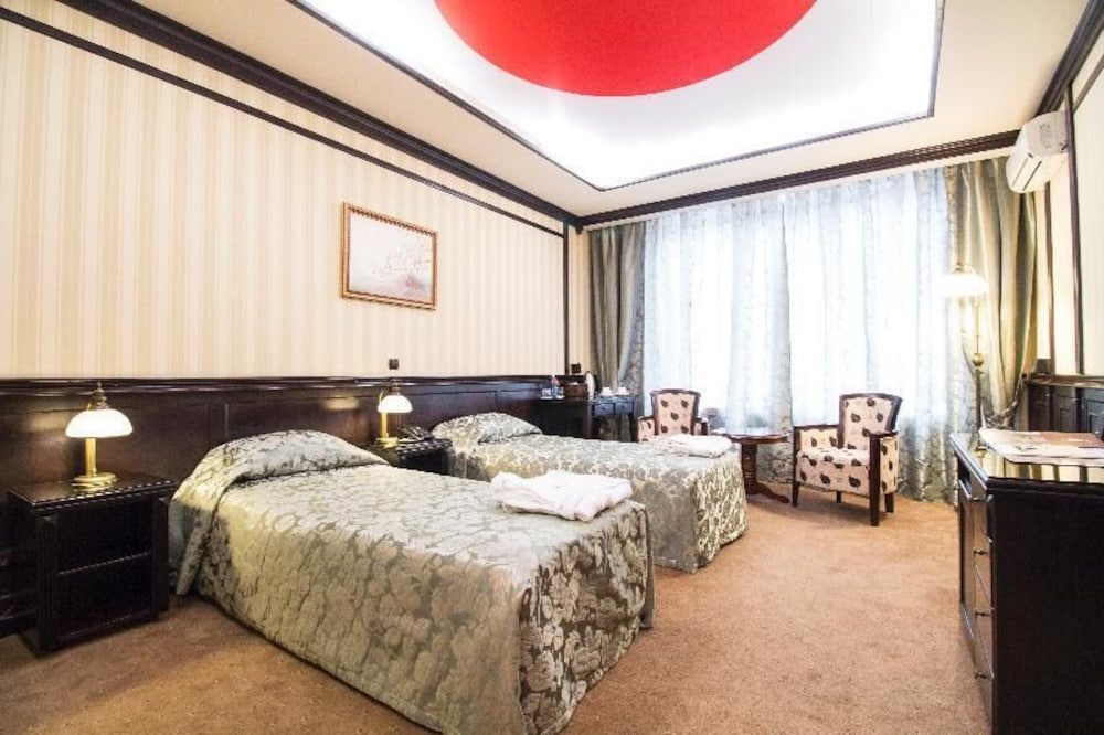 Отель Reikartz Attache Киев