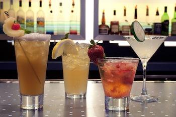 Aloft Miami Airport - Hotel Bar  - #0