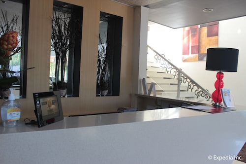Segara Suites, Olongapo City
