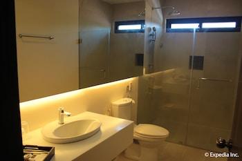 Segara Suites Subic Bathroom Amenities