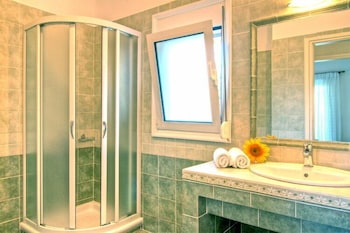 Gerani Villas - Bathroom  - #0